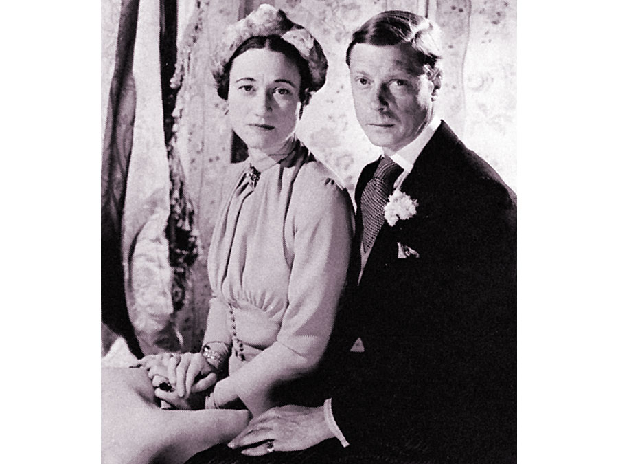 duke-Windsor-duchess-photograph-Cecil-Beaton-June-3-1937